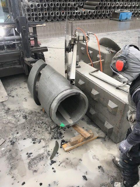 Zagen in betonnen rioleringsbuizen